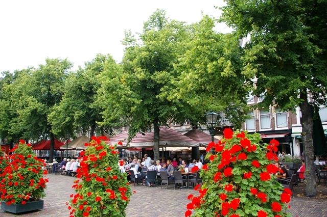 Terrasjes-genoeg-in-binnenstad