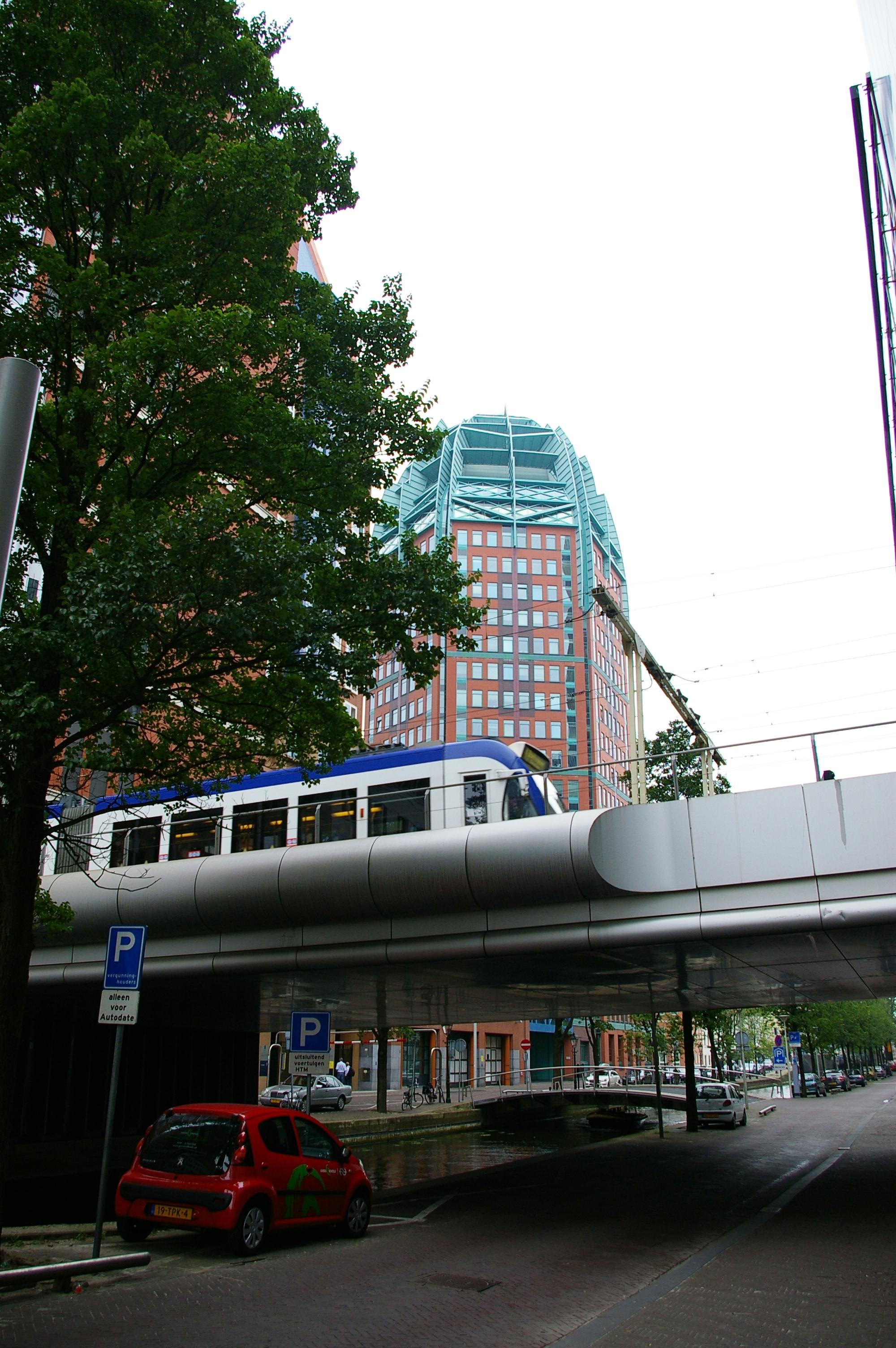 Tram-naar-station